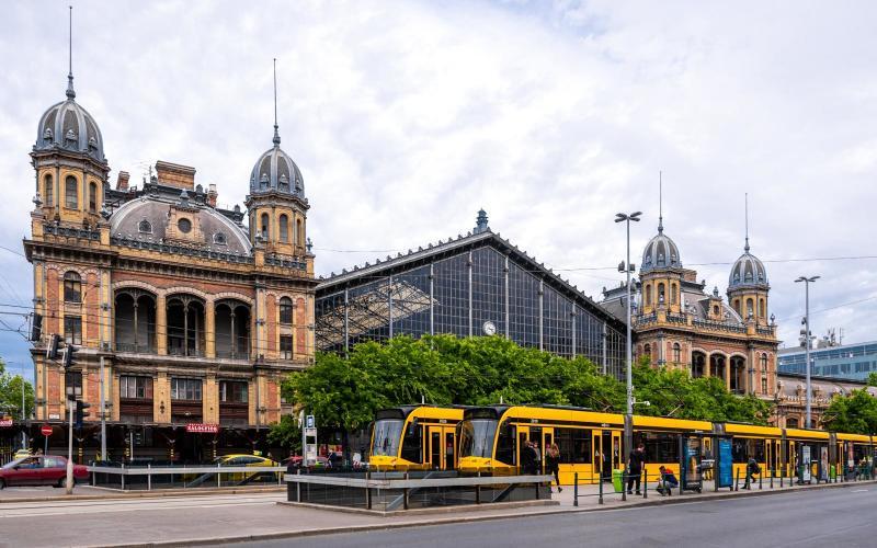 Értéket mentenek és jövőt építenek a Nyugati pályaudvar felújításával