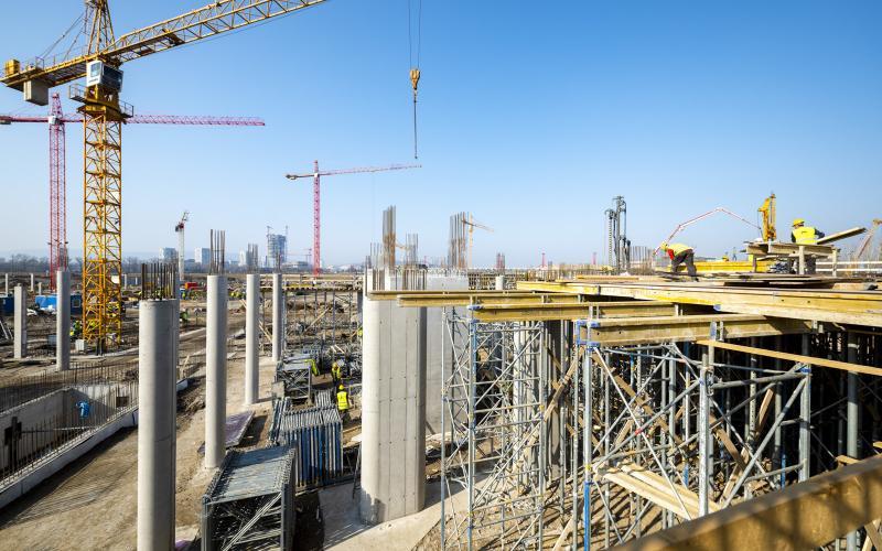 Ezekkel a munkákkal folytatódik a Nemzeti Atlétikai Stadion építése