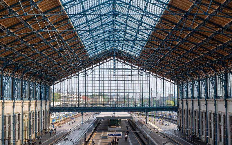 Egy páratlan szerkezet újult meg az elődök munkájának megbecsülésével a Nyugati pályaudvaron