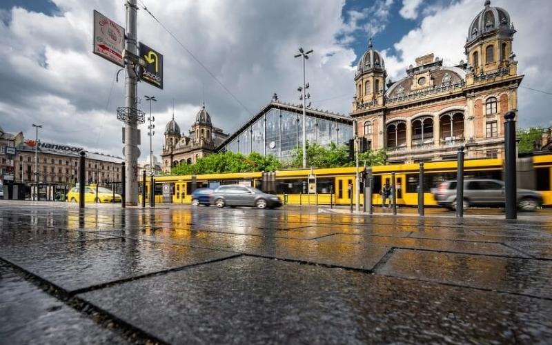 Így halad a Nyugati pályaudvar tetőszerkezetének felújítása - videó
