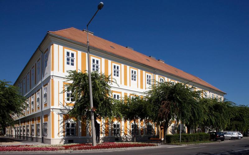 Cultural Centre & Club, Kalocsa